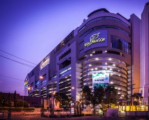 siam paragon best luxury shops and malls in bangkok south east asia